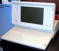 Imagen de una Macintosh Portable