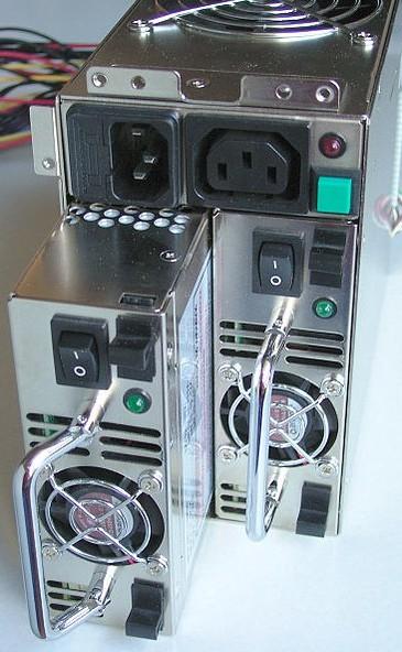 Redundancia de la fuente eléctrica en una computadora
