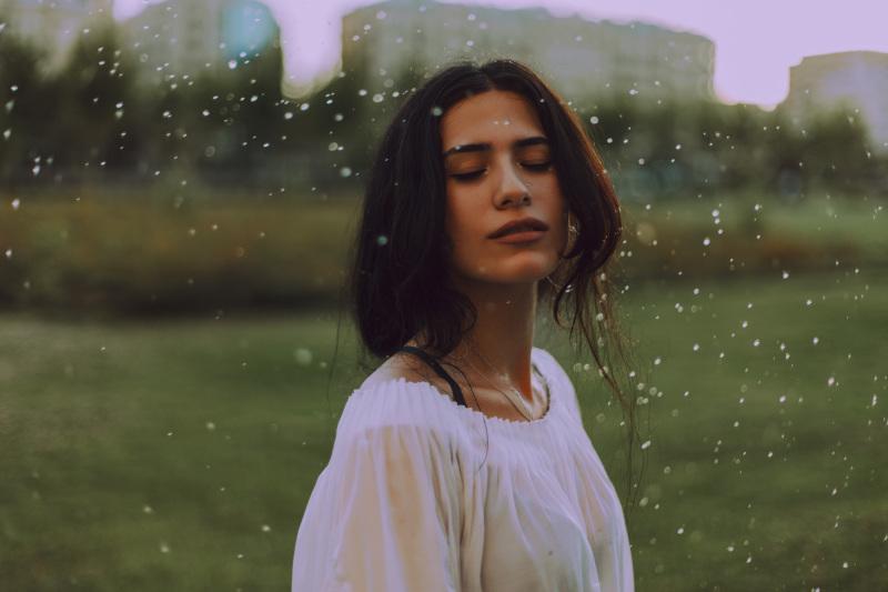 Las 10 características de la Personalidad de las mujeres del signo Acuario