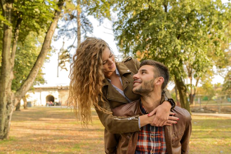 15 formas de conquistar/enamorar a una mujer del signo Aries